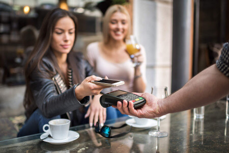 paying with mobile tap on wifi card machine